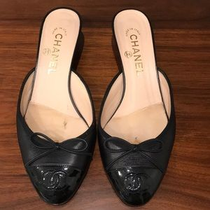 Authentic chanel CC Cap-Toe Mules.